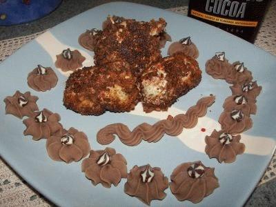 Fagottini di pollo con purè aromatizzato al cacao