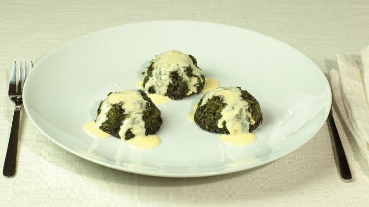 Flan di spinaci con salsa al parmigiano