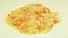 Risotto con crema di cipolle e zucchina spinose