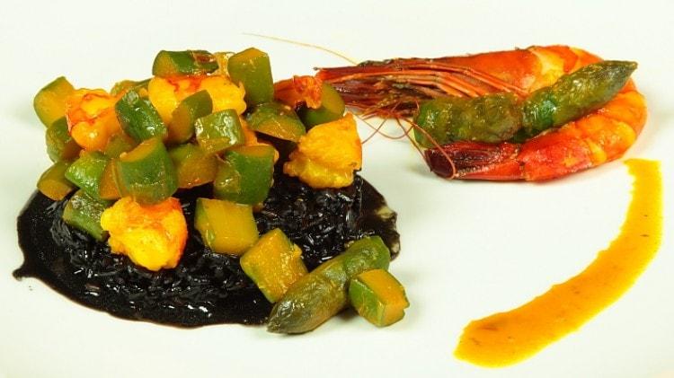 Eccezionale Riso Venere con gamberi e asparagi: Ricette di Cookaround | Cookaround IN46