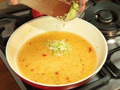Zuppa di pasta e gamberetti
