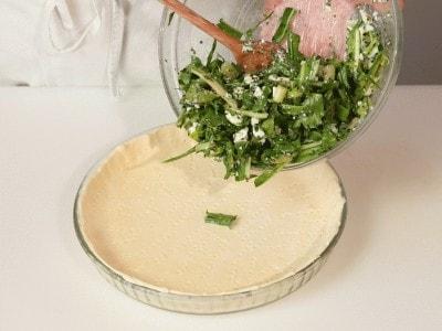 Focaccia di pasta sfoglia con le verdure