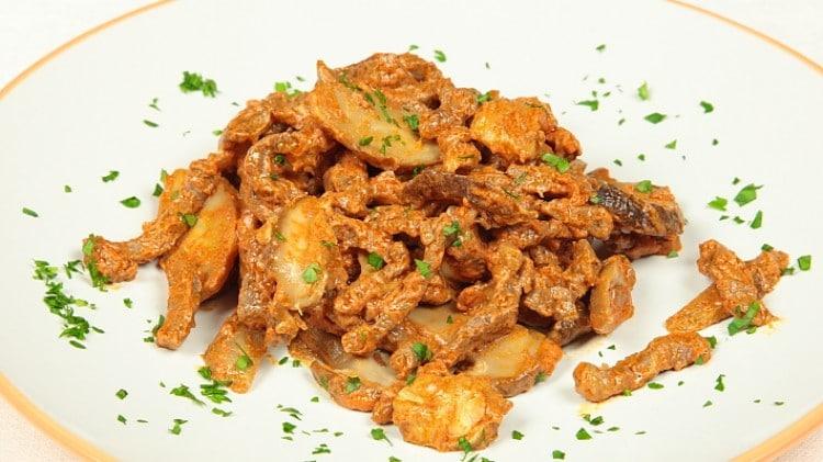 Bocconcini di carne ai funghi