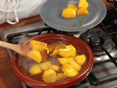 Tajine di montone con patate e arance