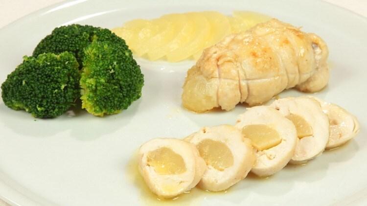 Bauletti di pollo alla pera