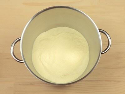 Pasta all'uovo viola
