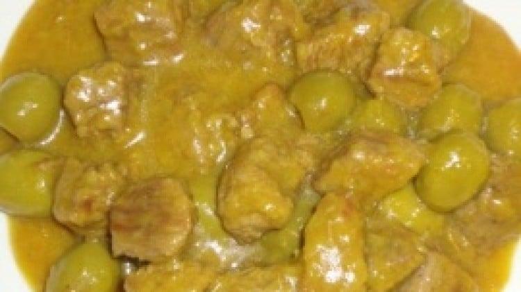 Bocconcini di manzo con olive e zafferano