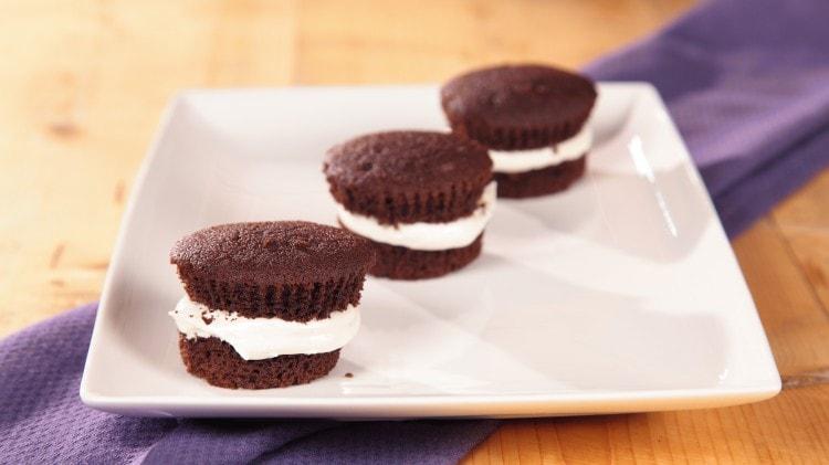 Cupcakes whoopie pie al cioccolato