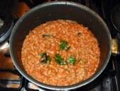 Cannelloni al ragù di carne profumati ai chiodini.