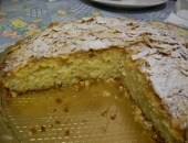 Torta morbida alle Mandorle profumata di limone