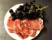 fettine di maiale con l'uva
