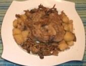 Ossibuchi alle patate e funghi secchi