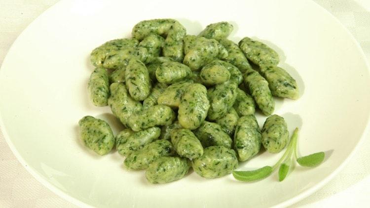 Gnocchi del Verbano alle erbette verdi