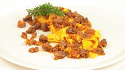 Pappardelle con lepre in salmì