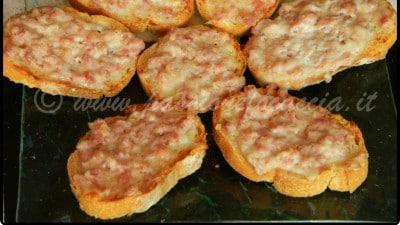 Ricetta Crostini Golosi