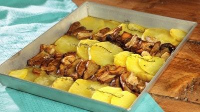 Patate e porcini al forno