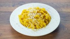 Tagliatelle gialle alla milanese