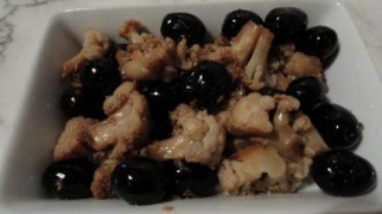 Cavolfiore soffocato con olive nere