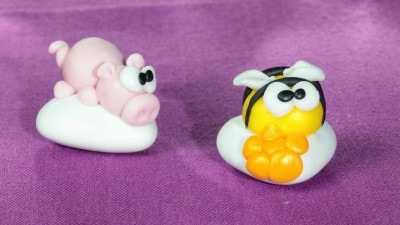 Confetti con apina e maialino