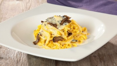 Tagliolini con crema di tartufo