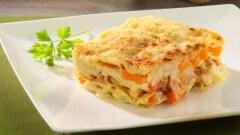 Lasagne zucca con ragù di calamari e gamberi