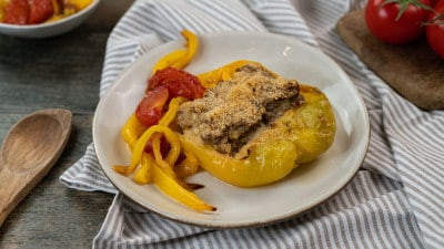 Peperoni ripieni di carne