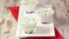 Minestra fredda di yogurt iraniana