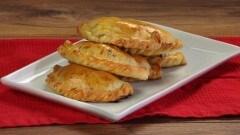 Empanadas peruviane di carne al forno