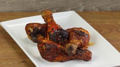 Cosce di pollo al jerk giamaicano