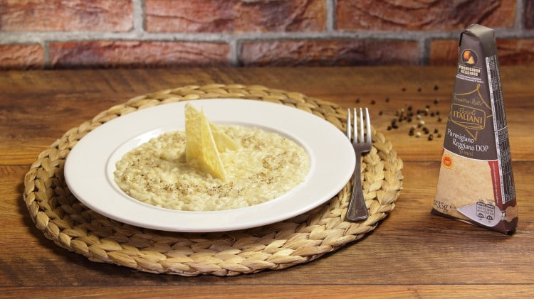Risotto al parmigiano in due consistenze