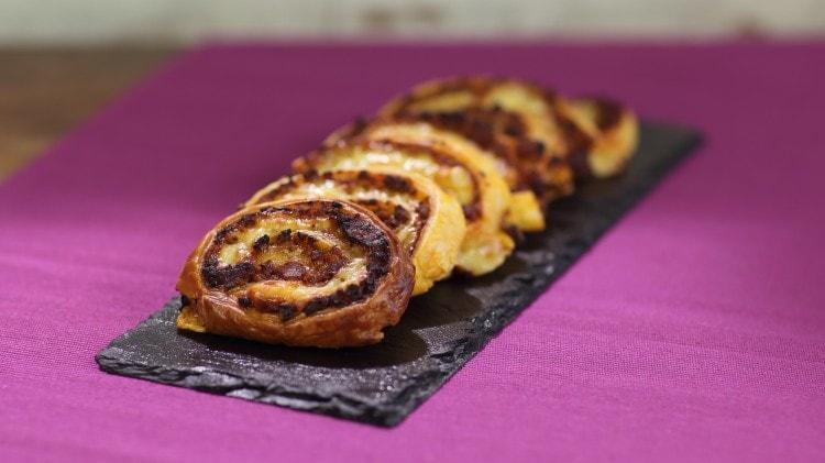 Rotelle ragù e formaggio