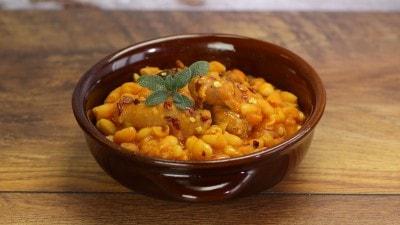 Fagioli e salsiccia piccante