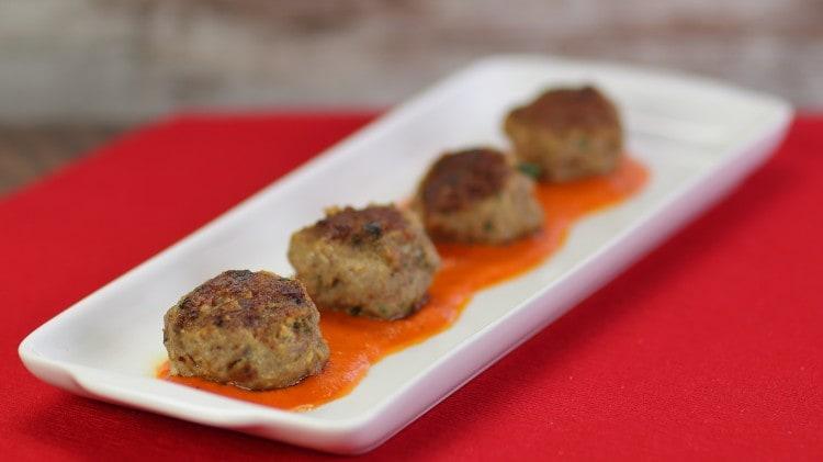 Polpette al sugo di peperoni