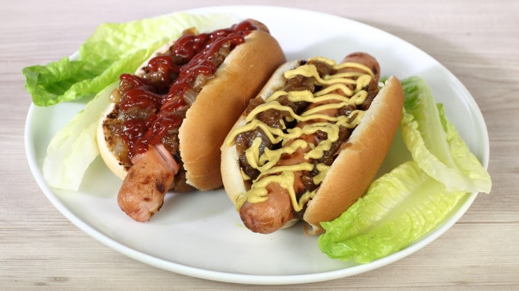 Hot dog con cipolle caramellate