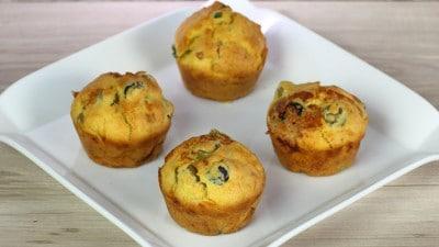 Muffin salati con olive e gorgonzola