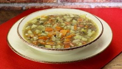 Zuppa con lenticchie