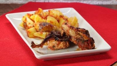 Pollo con patate alla pizzaiola