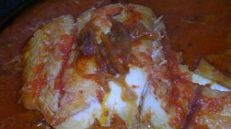 Merluzzo in umido con cipolle rosse di Tropea