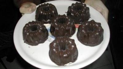 Piccole bavaresi ai marroni foderate di cioccolato