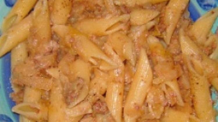 Pasta verza e salsiccia