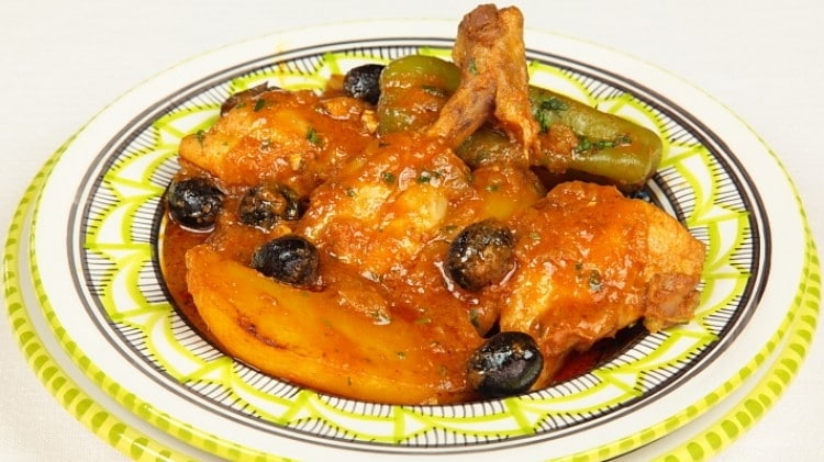 Pollo in umido con patate