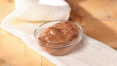 Copertura cremosa al cioccolato per cupcakes