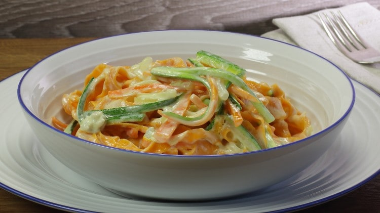 Fettuccine alle carote zucchine gorgonzola