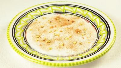 Mhalbiya crema al latte con cannella