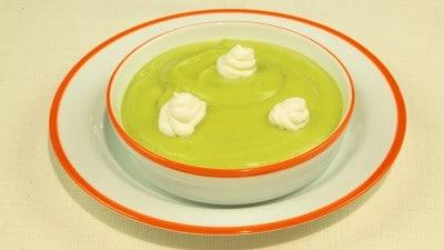Crema de aguacate frìa crema di avocado fredda