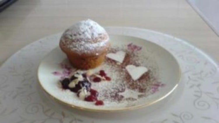 Tortine con yogurt e uvetta