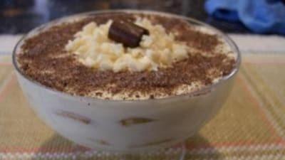 Tiramisù al cioccolato bianco e cannella