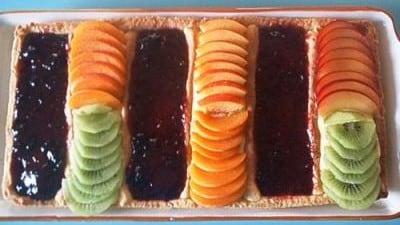 Crostata alla marmellata e frutta