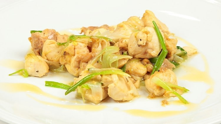 Pollo all'olio di sesamo