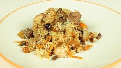 Palau-i-Shahee stufato di carne con carote e riso
